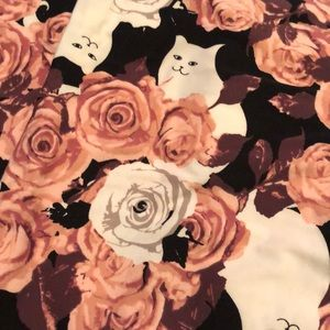 LuLaRoe cat and roses leggings